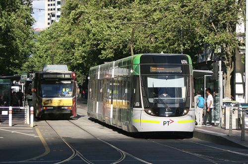 Melbourne trams to run on solar power