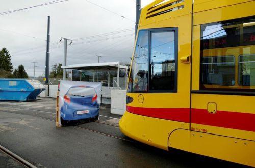 Tram collision avoidance system on test in Basle | International