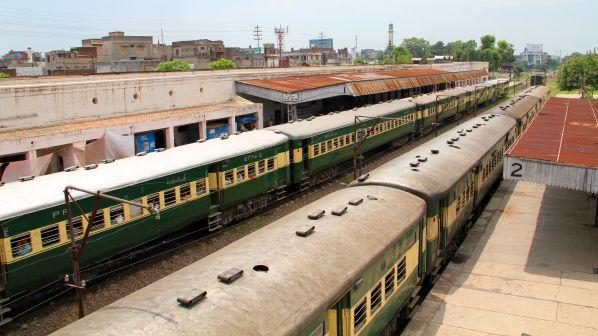 Pakistan Railways achieves record income in 2018-19