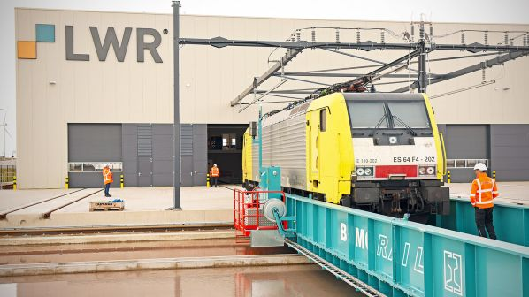 New Rotterdam depot receives first locomotives