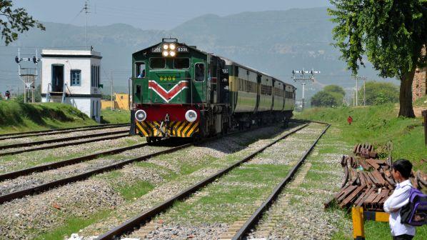 Pakistan approves $US 6.8bn Peshawar - Lahore - Karachi line upgrade - International Railway Journal